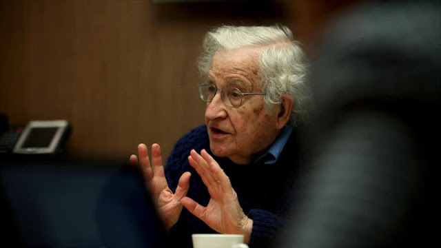 Chomsky desentraña el 'Sí' de EEUU al terrorismo de Arabia Saudí