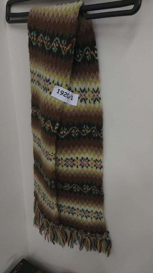 Julia Hedge's Laces: Shetland Part 2: Knitting Then. . .