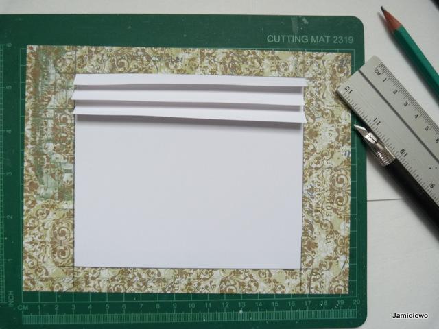 wycinamy trzy prostokąty z białego papieru