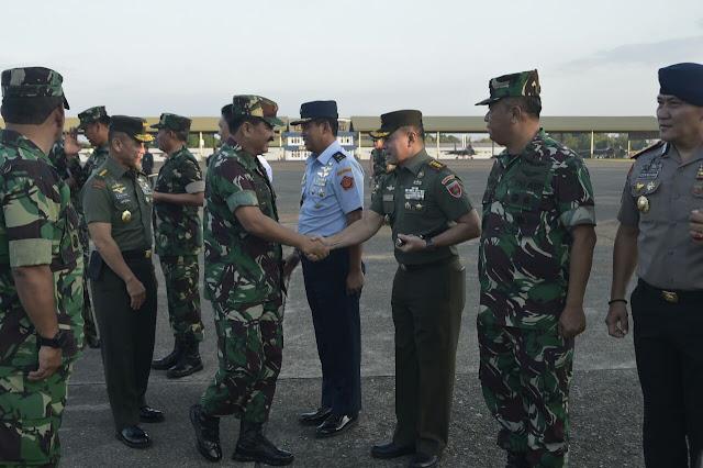 Panglima TNI Kunjungan Kerja ke Makassar