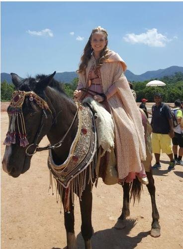 Princesa Ursula (Leticia Peroni) capa