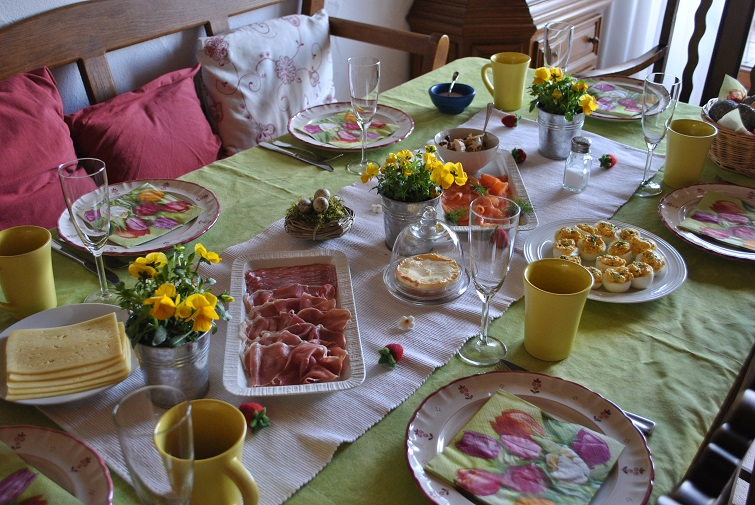 Frohe Ostern Osterbrunch