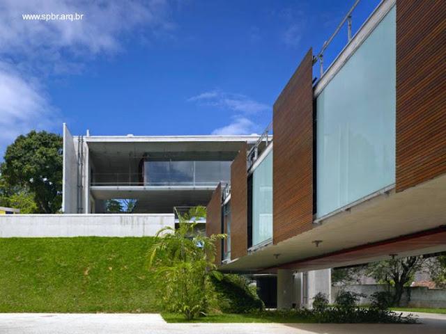 Vista de la casa carioca desde el nivel inferior