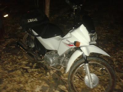 Polícia recupera moto roubada de assalto em Anapurus