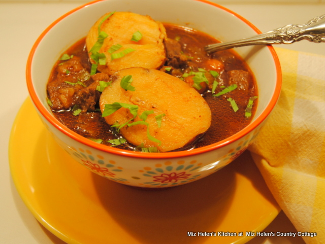 Pressure Cooker Classic Beef Stew