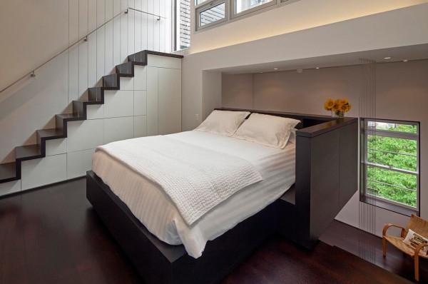 спальное место на втором этаже дома
