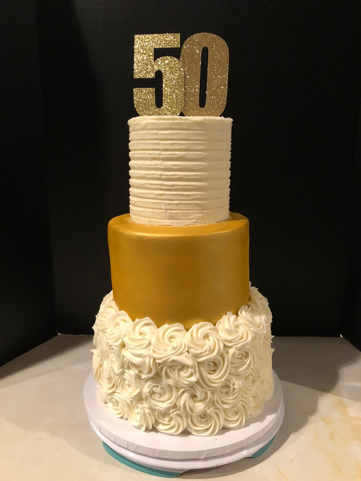 Frosted Insanity: Gold 50th Wedding Anniversary Cake