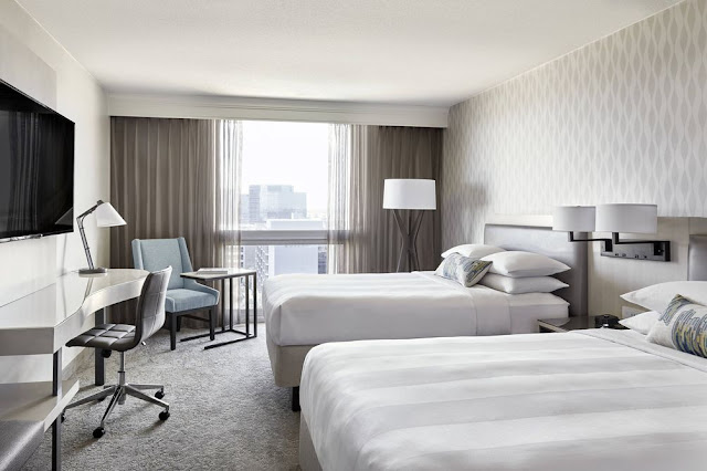 Los Angeles Airport Marriott welcomes guests with superb service, reimagined hotel rooms and resort-style amenities, as well as a free LAX shuttle.