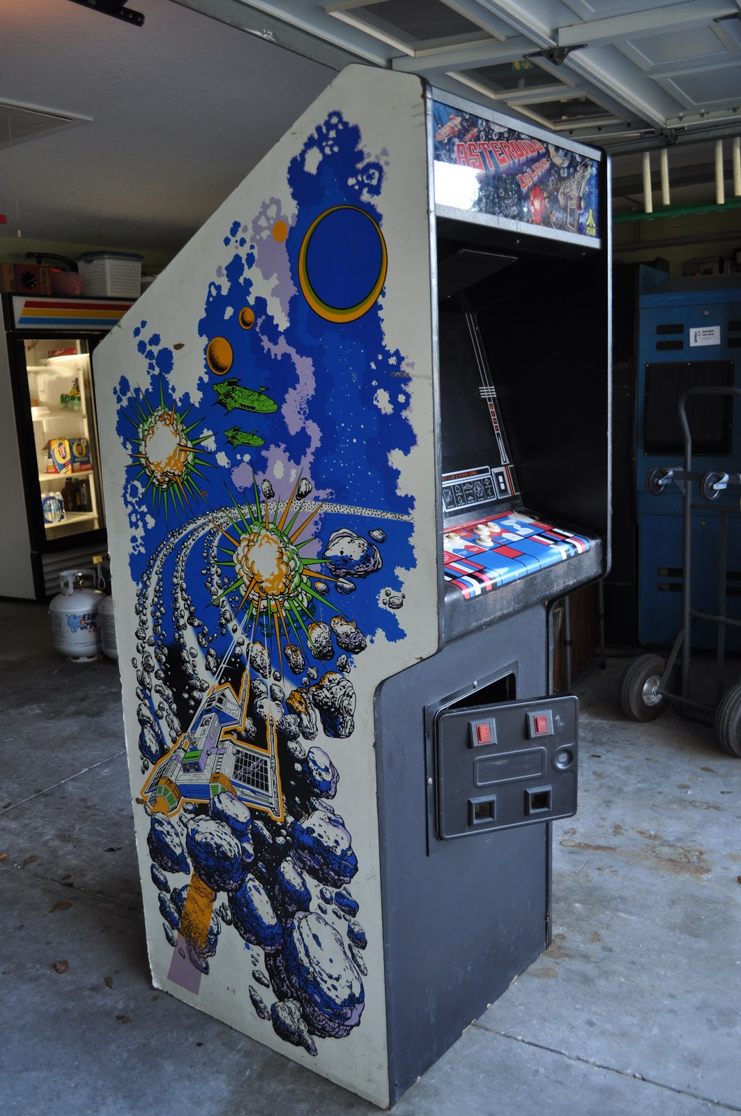 Spaceport Arcade Asteroids Deluxe