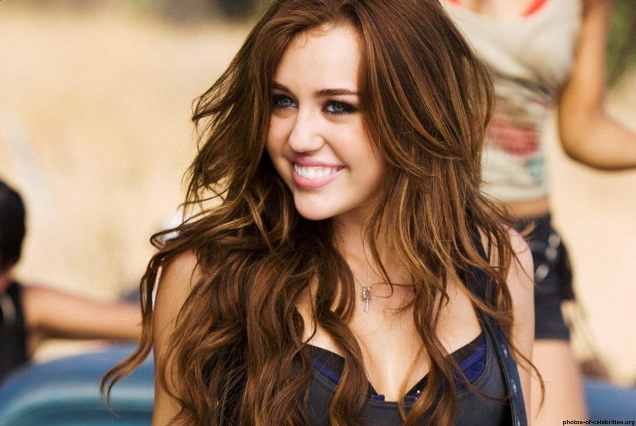 Haarfrisuren Miley Cyrus Bilder  HaarfrisurenOnline