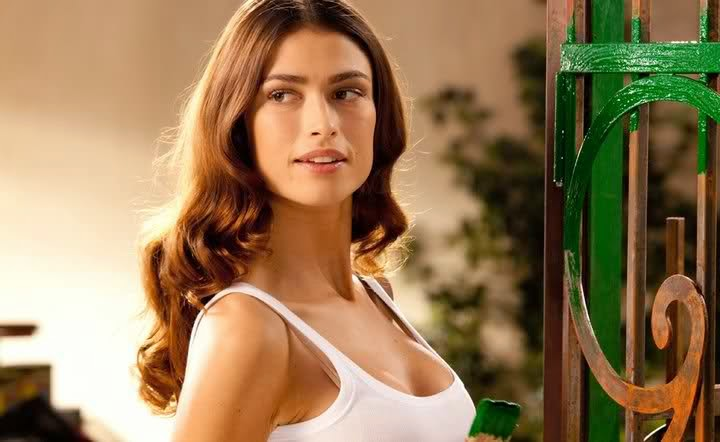 Canzone pubblicit stroili oro 2015 - La ragazza della porta accanto colonna sonora ...