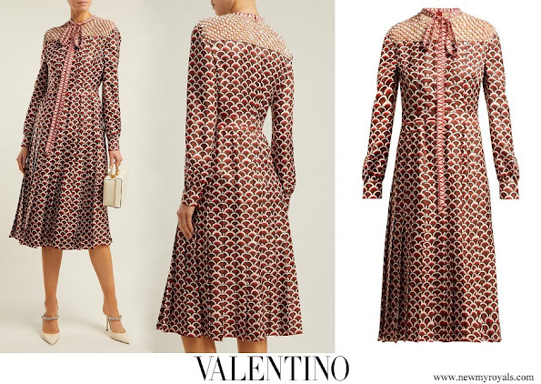 Queen Maxima wore VALENTINO Scale print silk twill midi dress