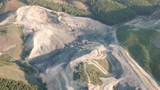 """Núp bóng dự án xây dựng, hơn 30ha đất rừng bị """"băm nát""""! ảnh 4"""
