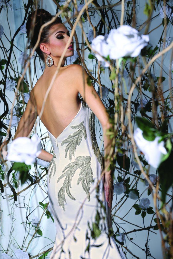 Image 3: Wedding Dress