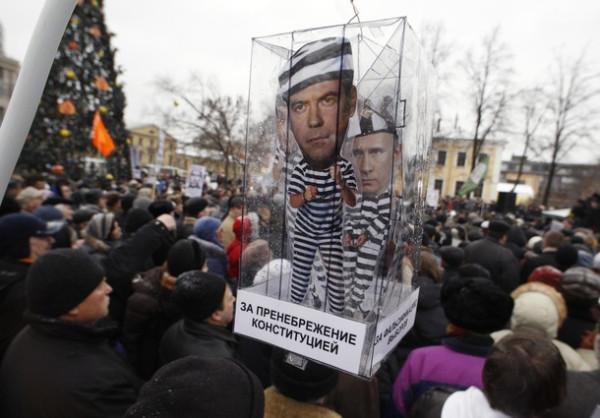 Сенцов будет отбывать наказание в Иркутске, Кольченко - в Челябинске, - сестра режиссера - Цензор.НЕТ 4958