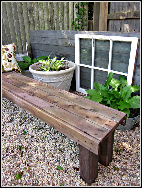 How to Make a Free Garden Bench