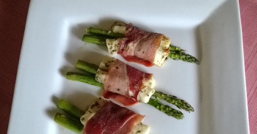 Haloumi & Asparagus Wrapped with Prosciutto
