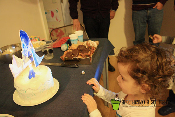 tarta frozen little noa
