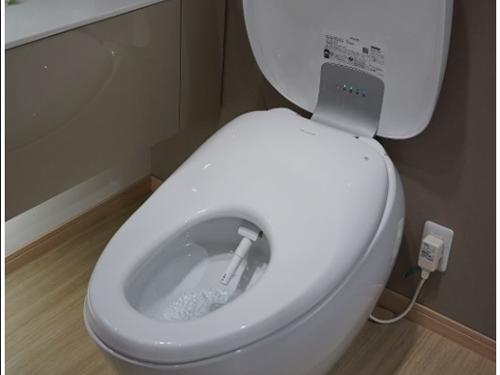 Thiết bị vệ sinh TOTO bắt đầu bán nắp rửa điện tử cao cấp