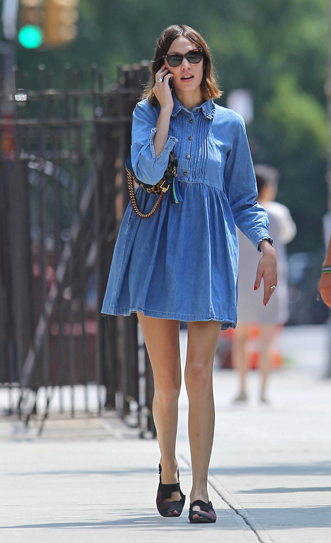 8 Of Alexa Chung S Best Summer Dresses The Front Row View