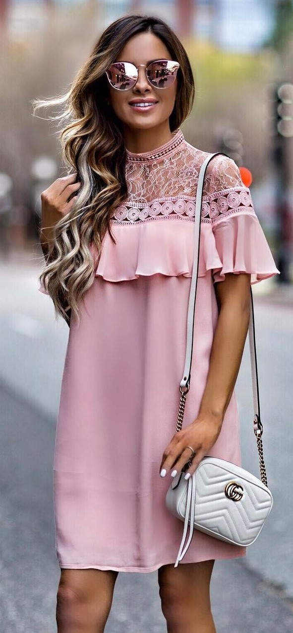 perfect outfit idea: blush dress + bag