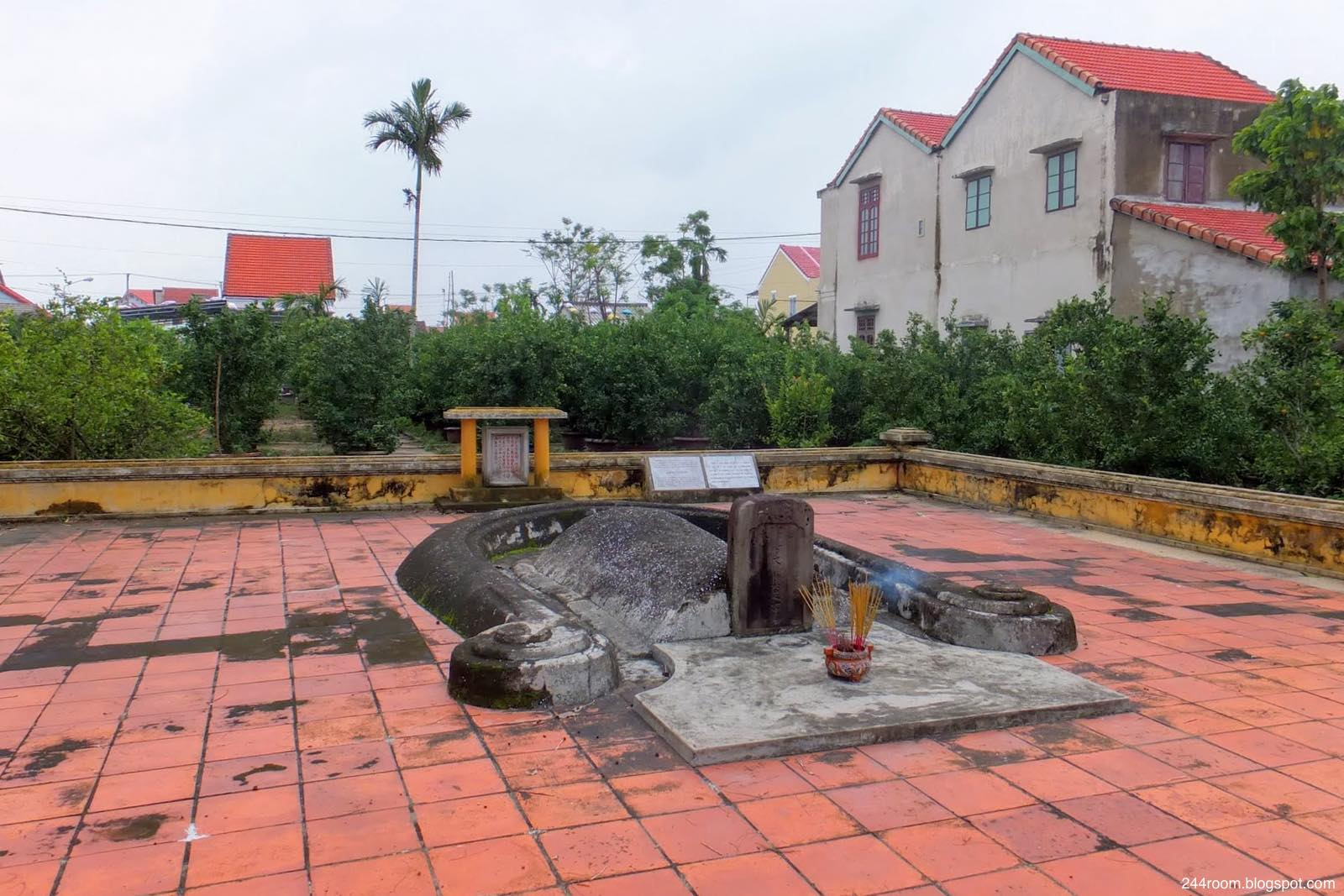 ホイアンの日本人墓地 Japanese-tomb in Hoian Vietnam