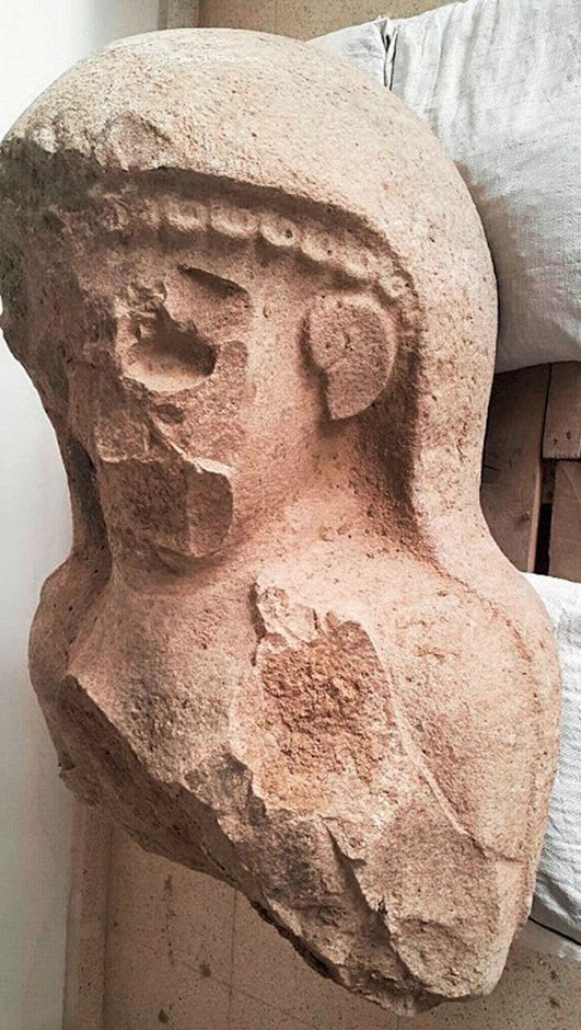 Majestic 3,000-year-old female statue uncovered in Turkey