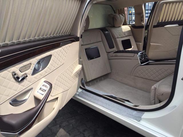 Mercedes-Maybach S600 Pullman đầu tiên Việt Nam 5