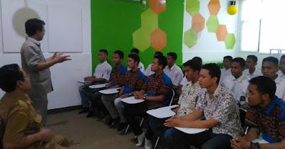UNBK Rampung,Ratusan Siswa SMK PGRI Telagasari Siap Terbang ke Luar Negeri