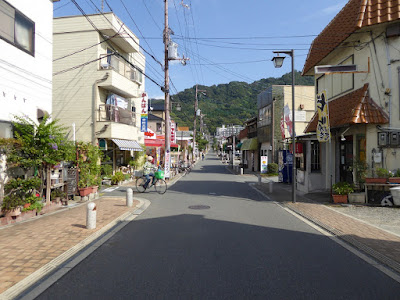 四條畷神社まで続く参道