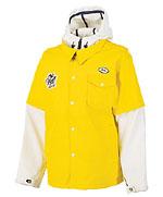 像內穿了Hooded衛衣外加油站工作服的Snowboard Jacket