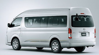 Review Toyota Hiace Luxury