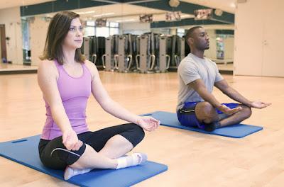 kram perut saat haid normal atau tidak, gerakan yoga untuk kram perut, perut kram sebelum haid, sakit perut saat haid hari pertama, kenapa kaki terasa pegal saat haid, perut kram setelah haid, perbedaan kram perut saat haid dan hamil, kram perut seminggu sebelum haid,