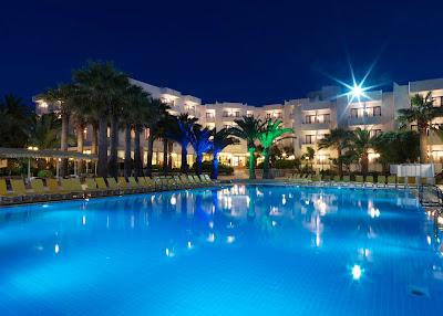 Muhafazakar tatil yeri Club Familia