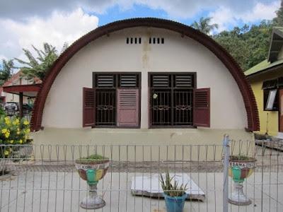 http://www.wisatakalimantan.com/2016/07/wisata-museum-rumah-bundar-yang-bersejarah.html