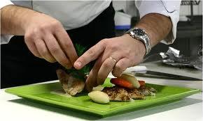 Sanitasi Alat Makan Dimaksudkan Untuk Membunuh Sel Mikroba Vegetatif Yang Tertinggal Pada Permukaan Agar Proses Efisien Maka