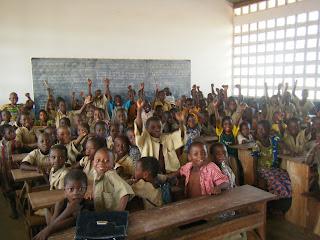 Missioner a Togo, Joan Soler, Togo, aula compartida