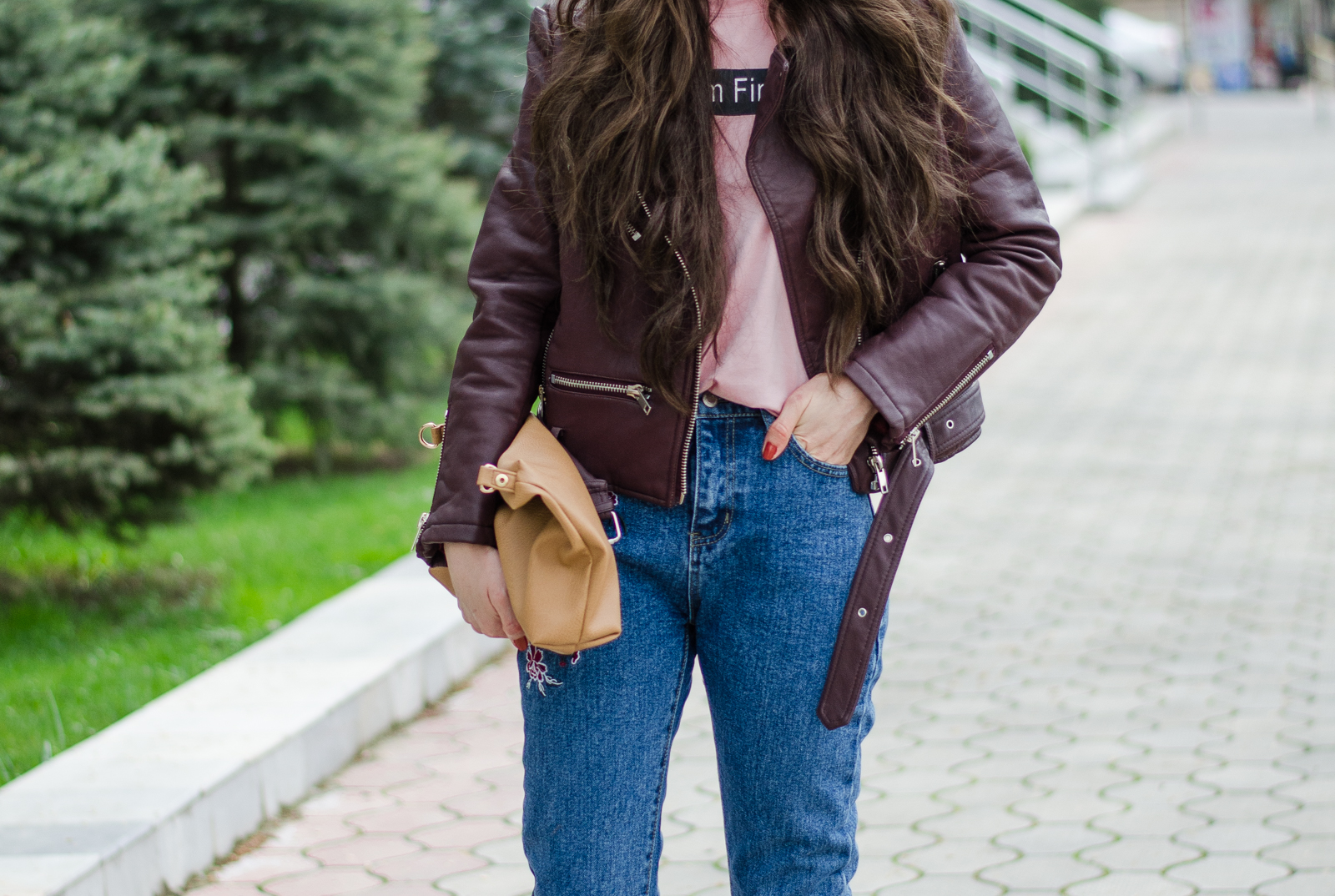 fashion%2Bblogger%2Bdiyorasnotes%2Bdiyora%2Bbeta%2Boutfitoftheday%2Bstreetstyle%2Bbaseball%2Bhat%2Bleather%2Bjacket%2Bembroidery%2Bjeans%2B%2B 1 - HOW I STYLE JEANS WITH EMBROIDERY