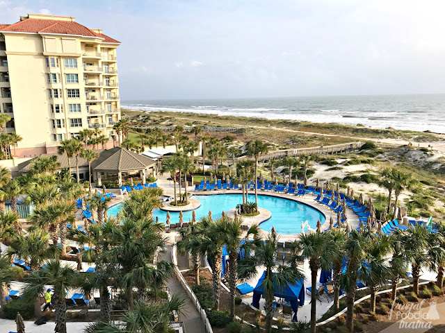 Situated on 1 1/2 miles of pristine private beach along Florida's northeastern coast, The Ritz-Carlton, Amelia Island also boasts an 18 hole PGA golf championship course, indoor and outdoor heated pools, and a children's pool and playground.