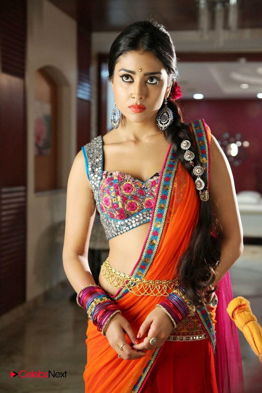 Shriya Saran Stills At Amazon Indian Fashion Week 2016