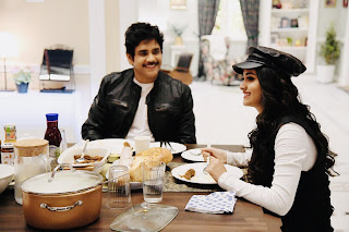 Keerthy Suresh with Cute and Awesome Smile with Nagarjuna in Manmadhudu2