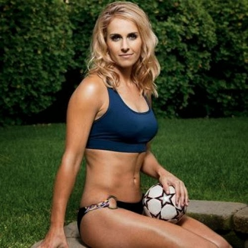 Motherfudger Top 10 Hottest Female Football Players-5761