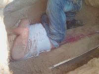 Kerap Dihantui, Pria Ini Gali Kuburan Mantan Kekasihnya