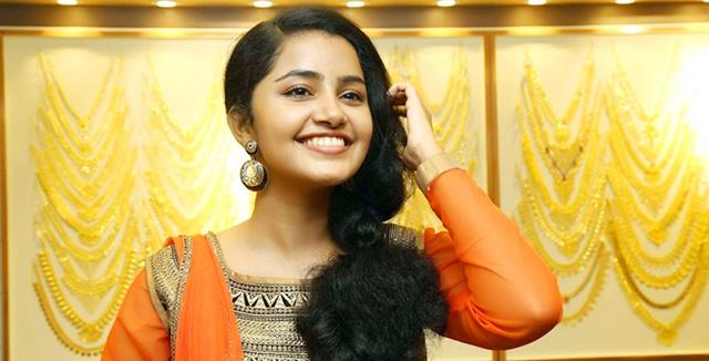 Anupama-Parameshwaran-Profile