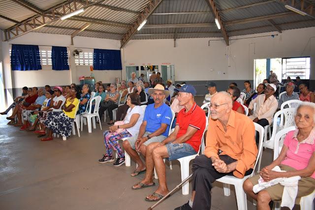 LEM: Idosos  recebem orientação sobre prevenção e diagnóstico do Câncer de Boca