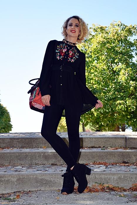 Outfit-bluson-negro-flores-3