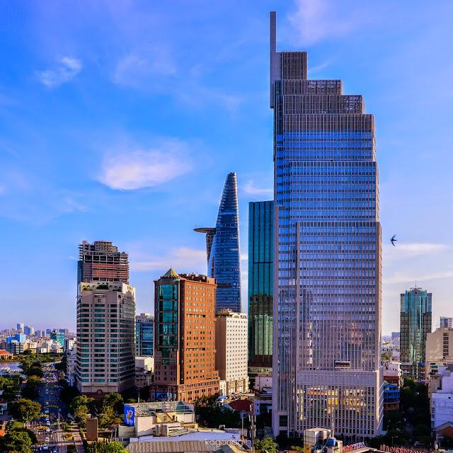 Tòa nhà Vietcombank tại trung tâm thành phố Hồ Chí Minh.