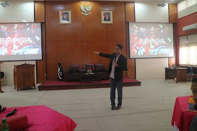 edvan m kautsar, edvan muhammad kautsar, motivator indonesia, trainer motivasi, motivator muda, training motivasi, seminar motivasi, pelatihan karyawan, pelatihan kementerian, trainer jawa tengah, motivator jawa tengah, pembicara motivasi