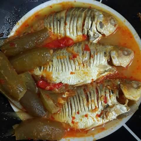 Resep Ikan Bawal Belimbing Wuluh