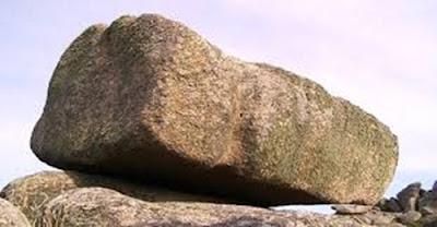 http://infomasihariini.blogspot.com/2016/12/inilah-kisah-batu-yg-memberi-salam-pada.html